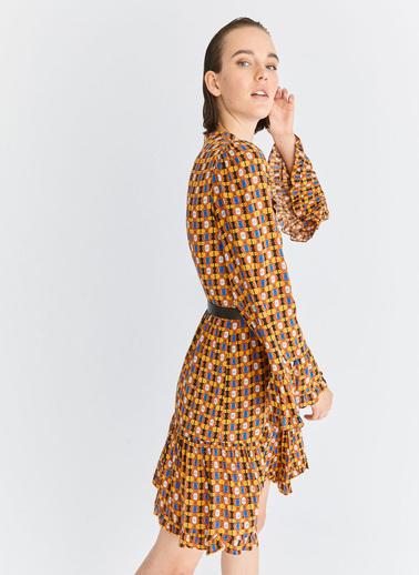 Roman Elbise Renkli